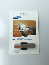 Micro SD Samsung 32GB with USB reader