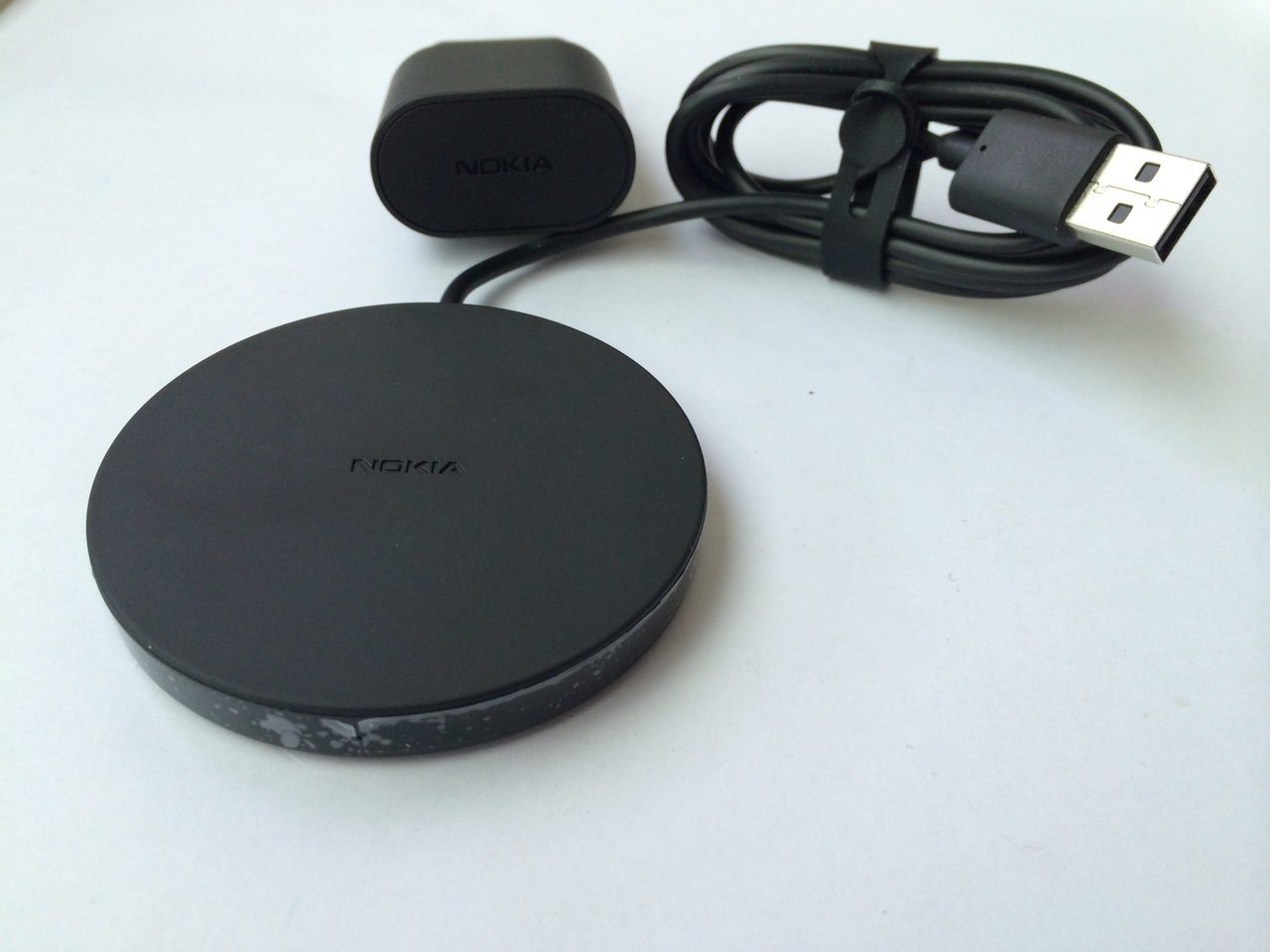 Wireless charging Nokia DT-601