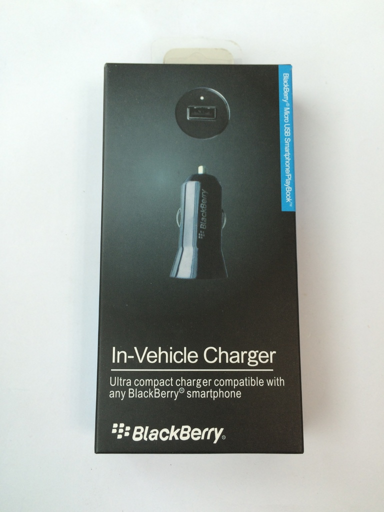 Зарядно 12V за кола Blackberry Q10